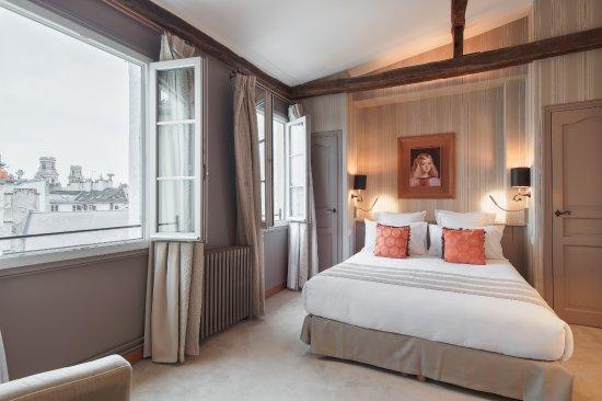 hotel pas de calais updated 2018 prices reviews paris france tripadvisor. Black Bedroom Furniture Sets. Home Design Ideas