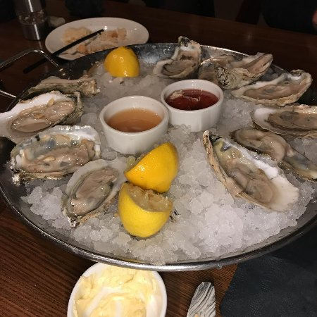 Creve Coeur, MO: The Oysters