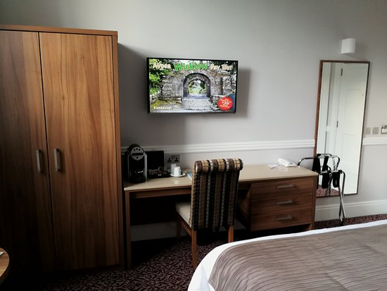 Cassidys Hotel Photo
