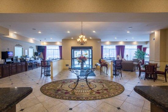 Best Western Plus Vineyard Inn & Suites: Hotel Lobby