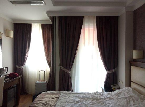Aristocrat Hotel: Номер с отличным видом на мечеть