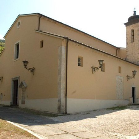 Santuario della Madonna de' Piternis