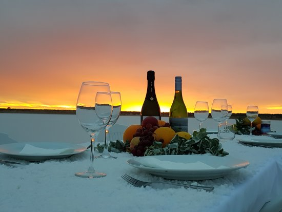 Mildura, Australien: Murray River Salt Sunset Dinners