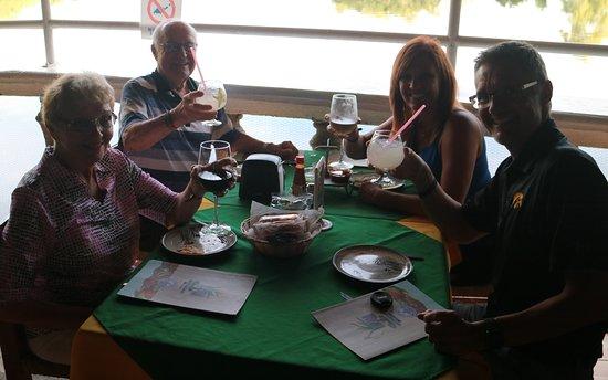 Mariscos Tino's - La Laguna : Cheers