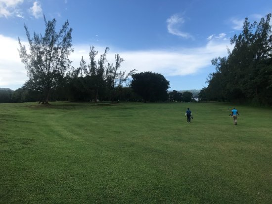 Runaway Bay Golf Club: long par 4