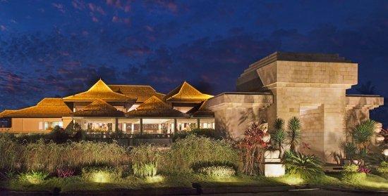 Sheraton Mustika Yogyakarta Resort and Spa: Exterior