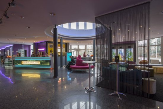 Lobby picture of designhotel congresscentrum wienecke for Design hotel wienecke