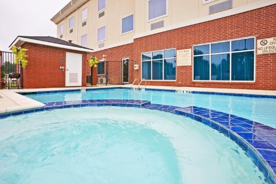 New Boston, TX: Pool