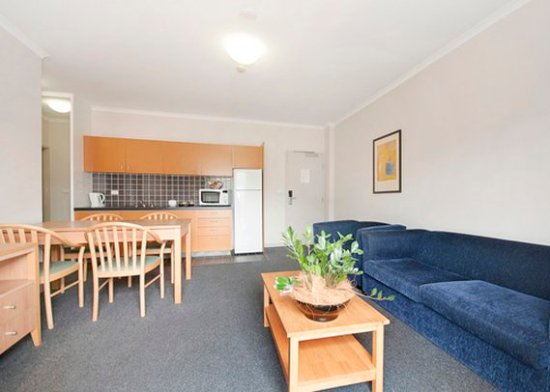 ABODE HOTEL WODEN (AU$123): 2019 Prices & Reviews ...