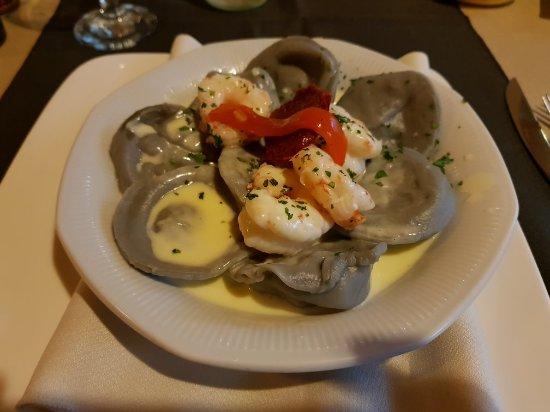 Los Robles Restaurant Parrilla: 20180208_225117_large.jpg