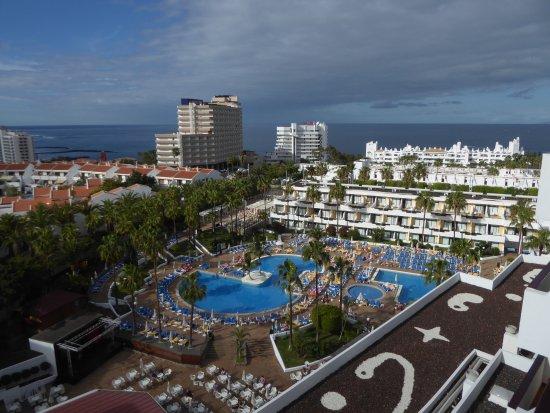 Iberostar Las Dalias: Poolbereich am Morgen vom Balkon aus