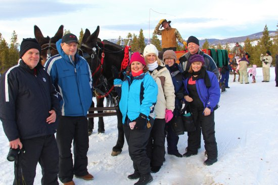 Two Below Zero Dinner Sleigh Rides: Staff allows ample time for guests to take pics with the sleighs.