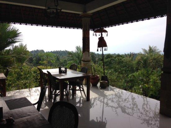 Selemadeg, Indonesia: breakfast view