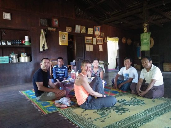Pindaya, Birmania: Traditional Style Lunch at Local House