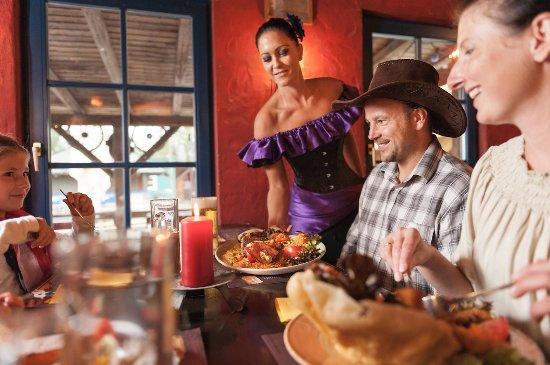 Eging am See, Germany: Platz für 150 Gäste und eine große Auswahl mexikanischer Gerichte