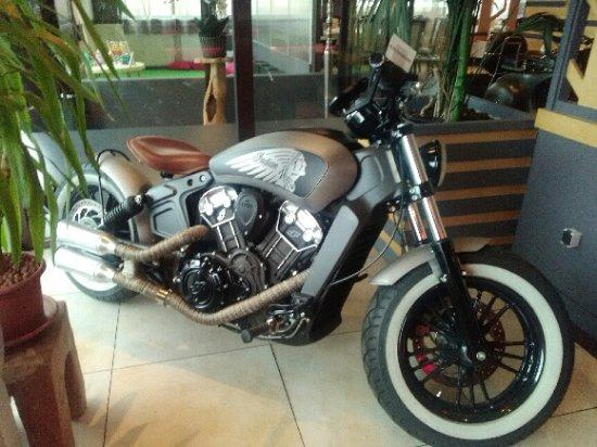 Une touche déco moto   Picture of Tino&co, Creteil   TripAdvisor