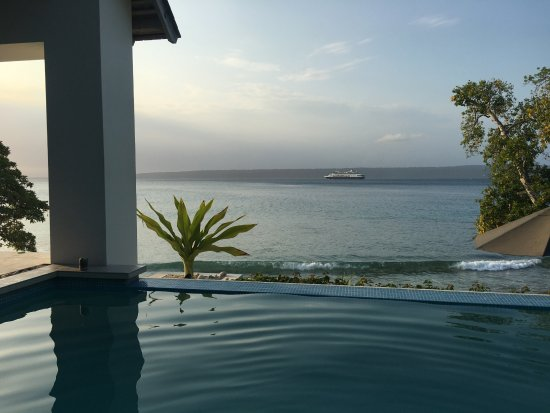 Villa 25: Watching the cruise ship go out from the infinity pool