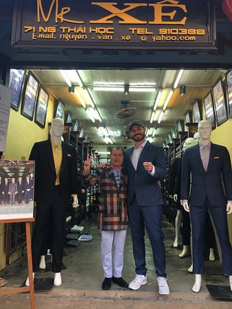 Mr Xe Tailor : Mr. Xe and I! Make sure you go to the right store, address 71