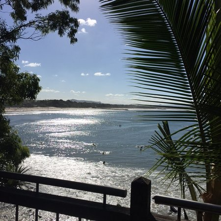 The Cove Noosa Resort: Noosa's Main Beach