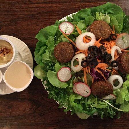 The Falafelist: falafel salad