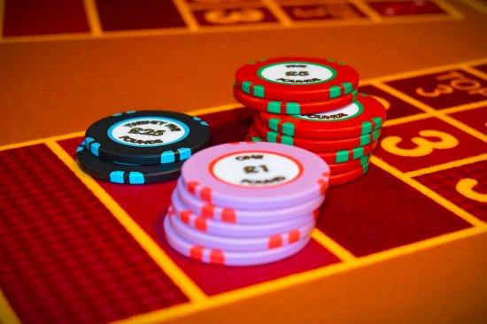 Three Card Poker - Picture of Grosvenor Casino Luton ...