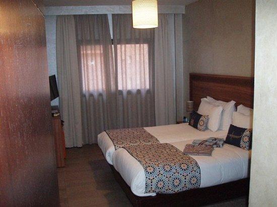 Dellarosa Hotel Suites & Spa: VERY comfortable beds!