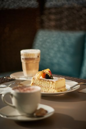 Läufelfingen, Swiss: Auf zu Kaffee und Kuchen auf Bad Ramsach