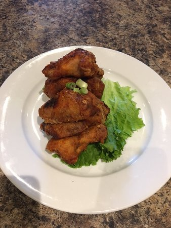 Fort Saskatchewan, Canada: Rustler Style Chicken Wings