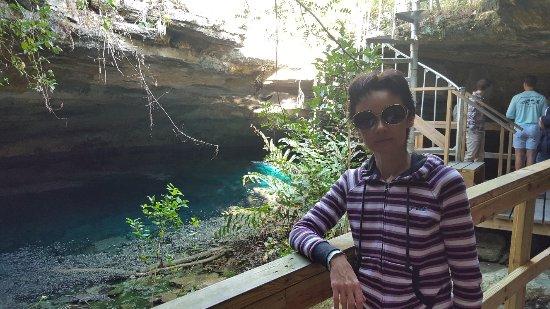 Burial Mound Cave: Идем к водоему