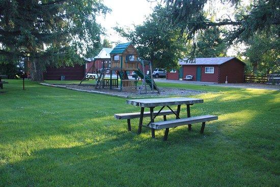 Buffalo, WY: Motel Ground, Playground