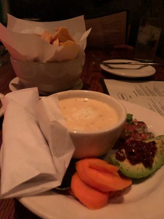 Lamberts Downtown Barbecue: queso