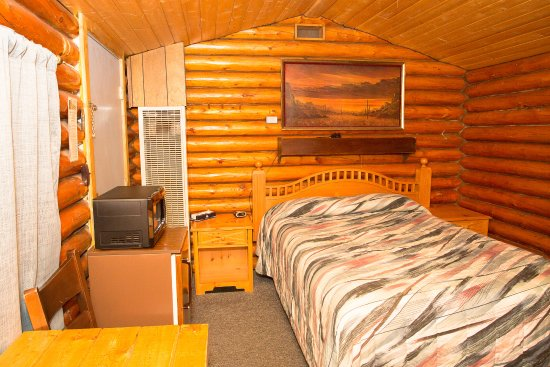 Buffalo, WY: Queen Log Cabin No Pets