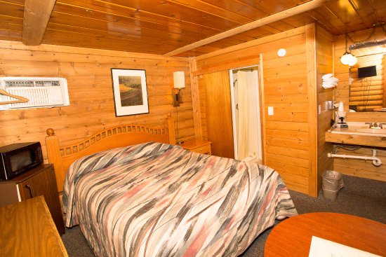 Buffalo, WY: Queen Log Cabin Pet Friendly
