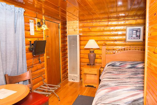 Buffalo, WY: Queen Log Cabin Pet Friendly