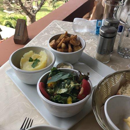 Ngala Lodge Restaurant: photo2.jpg