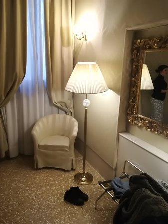 Hotel Al Duca di Venezia: IMG_20180208_142824_large.jpg