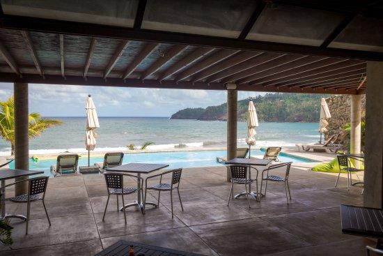 Marigot, Δομίνικα: Restaurant view - post Hurricane Maria