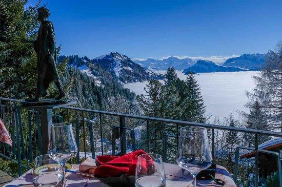 Rigi Kaltbad, Suiza: Ausblick von der Terrasse der Bergsonne: ein Traum