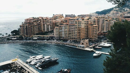 Magnifique picture of riviera marriott hotel la porte de for Porte 12 tripadvisor