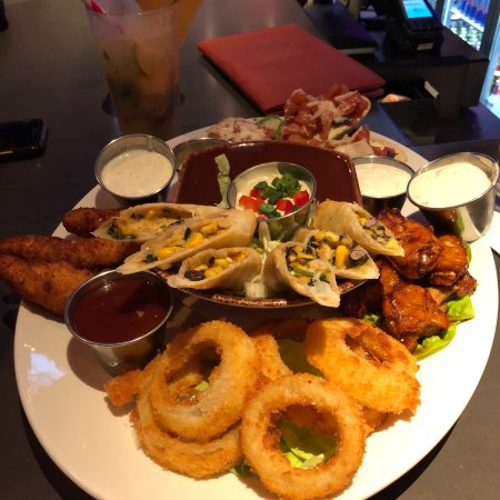 Hard Rock Cafe: photo2.jpg