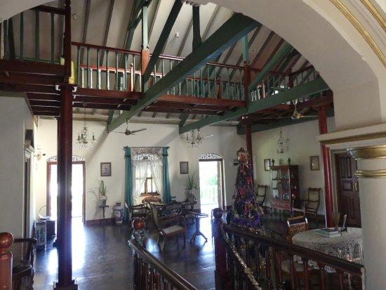 Manor House Kandy: Pièce commune