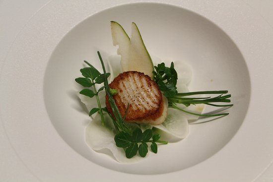 Restaurant 5 Signori : Jakobsmuschel | Bachkresse | Birne | Rettich