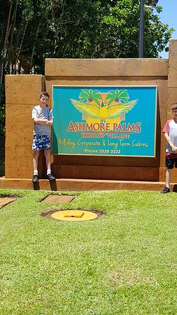 Ashmore Palms Holiday Village Photo