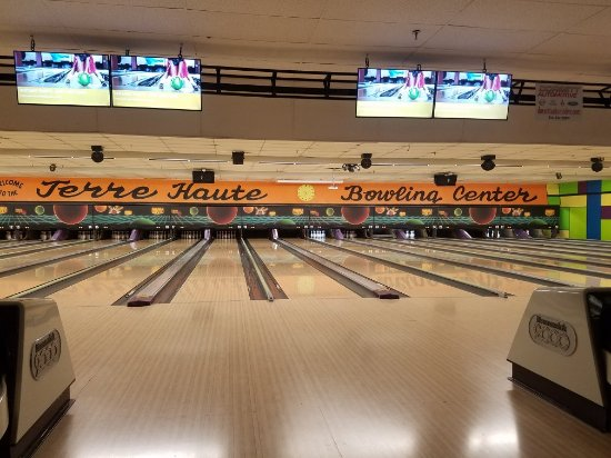 Terre Haute, IN: Springhill Bowling Center