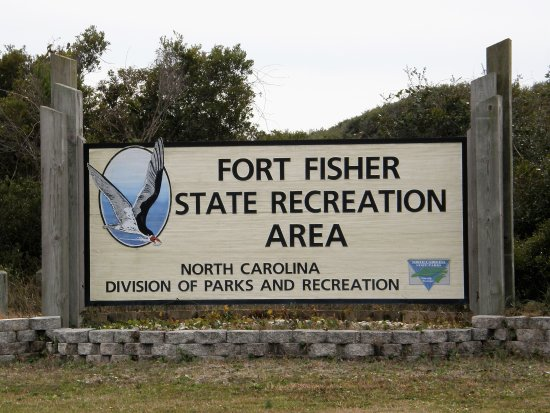 Kure Beach, Carolina del Norte: Located near the recreation area are Ft Fisher Historic Site and the NC Aquarium.
