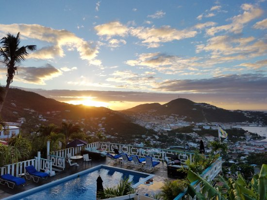 Mafolie Hotel : Sunrise