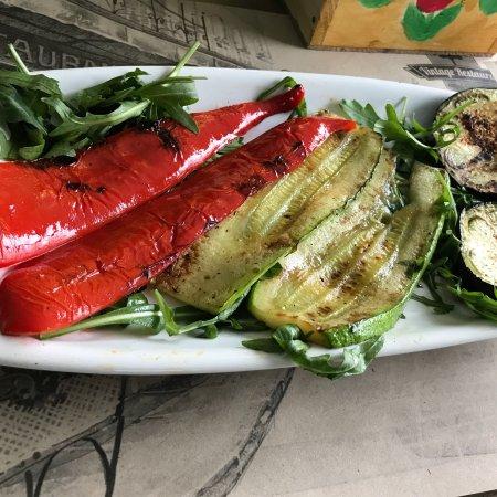 Vintage Restaurant and Garden: Home made Food