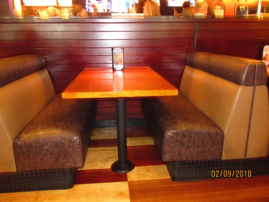 BJ's Restaurant & Brewhouse: Int