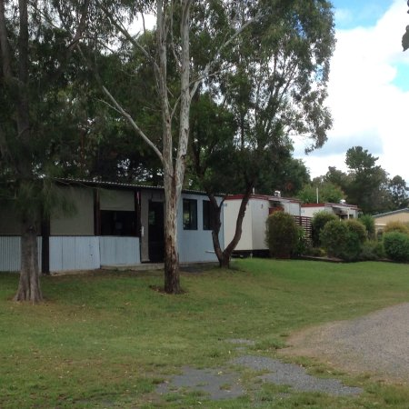 Killarney View Cabins and Caravan Park: photo1.jpg