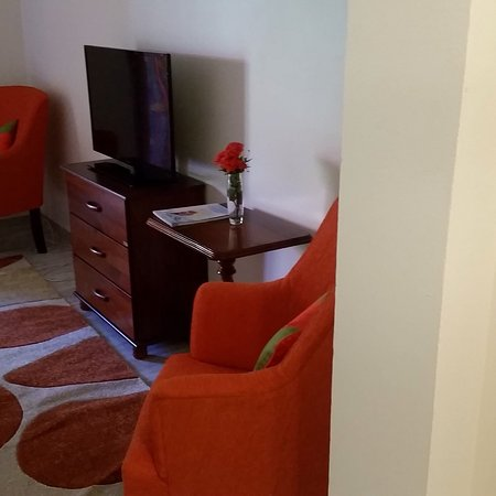 Sunset Shores Beach Hotel: Upgraded room photos